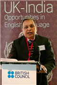 "Rajendra Darda speaking on ""Opportunities in English language"" at London at a programme organised by British Council in January 2013"
