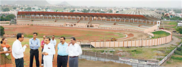 Rajendra Darda reviewing construction work of Divisional Sports Complex, Garkheda.
