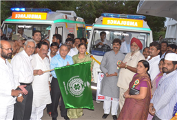 Rajendra Darda dedicating to public ambulances provided by the State Government