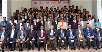 Rajendra Darda with Icons of Aurangabad in the presence of Ratan Tata.