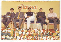 Pillars of Lokmat (From L to R) Executive Director Karan Darda, Managing Director Devendra Darda, chairman Vijay Darda, Editor-in-chief Rajendra Darda and Joint Managing Director (Editorial Director) Rishi Darda.