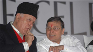 Rajendra Darda with Chief Minister of Jammu Kashmir Farooq Abdullah at Lokmat function, 2007.