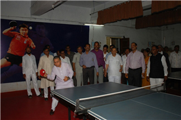 Rajendra Darda at the inauguration of sports complex at Vasantrao Naik College, Aurangabad.